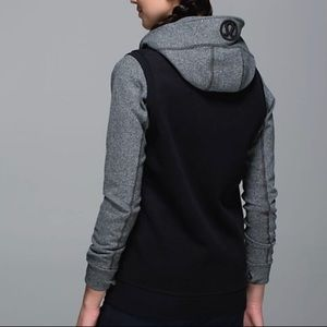 Lululemon Black Departure Vest
